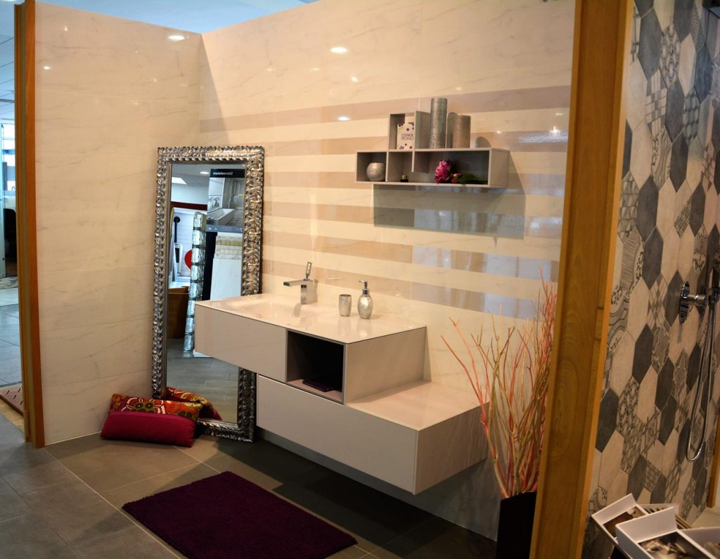 Showroom ideal domus